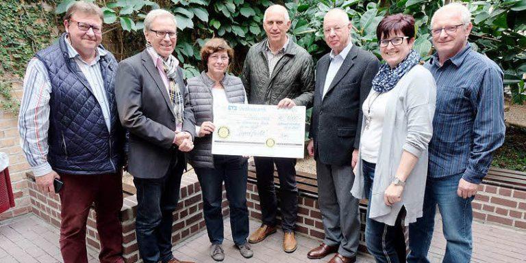 Geldspende der Rotarier aus Wittenberg